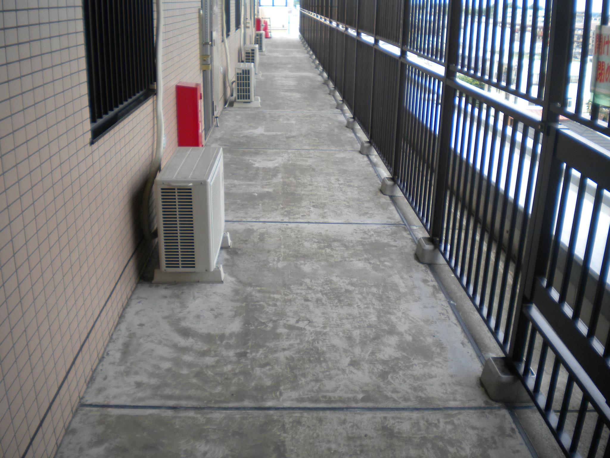 廊下防水施工前